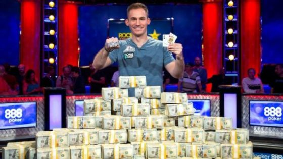 Justin Bonomo wins Big One for One Drop WSOP